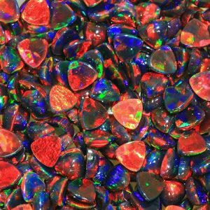 Profound Black 3mm Trillion by Elements Glass